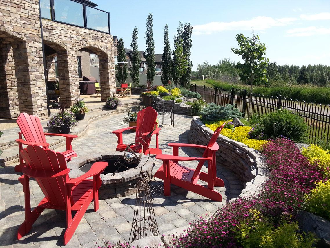 Minimal Maintenance Creative Landscape Design